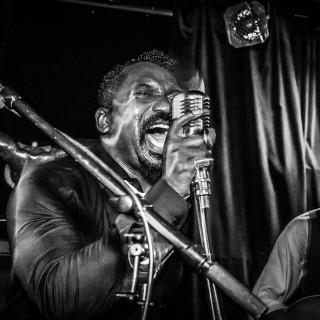 Reverend shine Snake Oil Co., live, on Tour, Paul Needham, Noisolution
