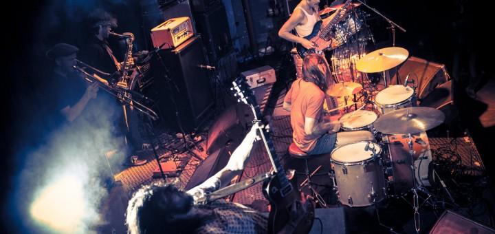 Coogans Bluff on Tour, Noisolution